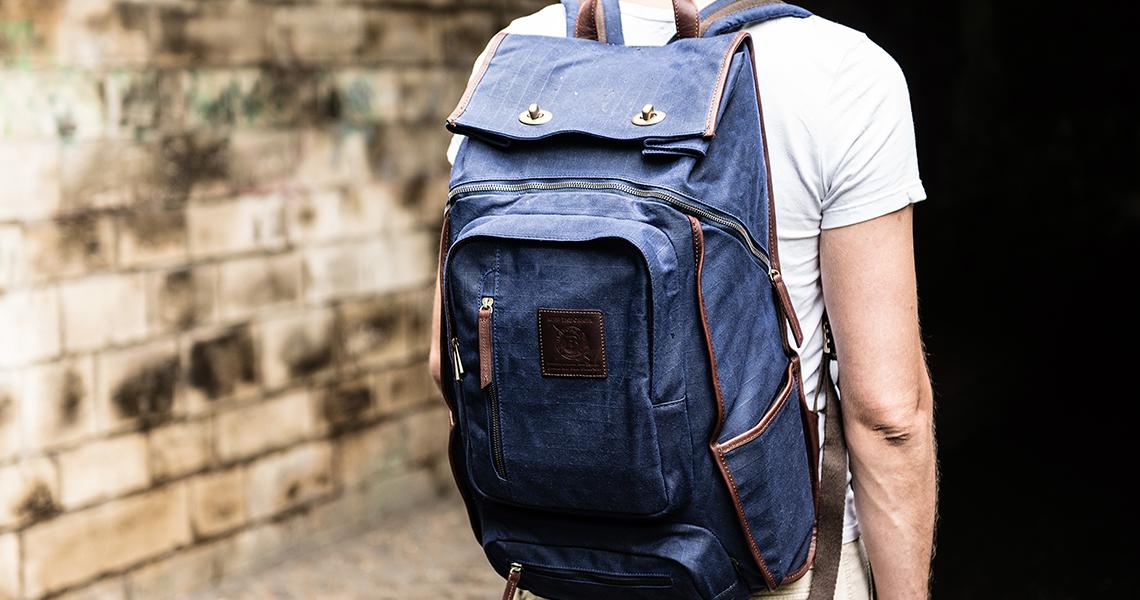 Студент с рюкзаком картинка