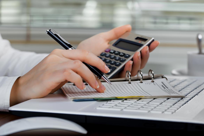 Юридические услуги аудит бухгалтерское презентация организации рабочего места бухгалтера
